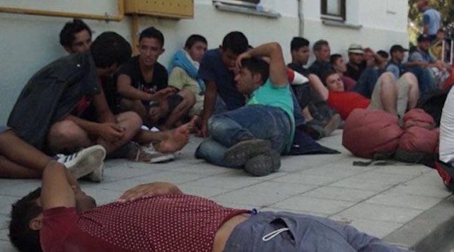 Le gouvernement polonais a déclaré qu'il était nécessaire de former une armée de réfugiés et de les envoyer libérer la Syrie