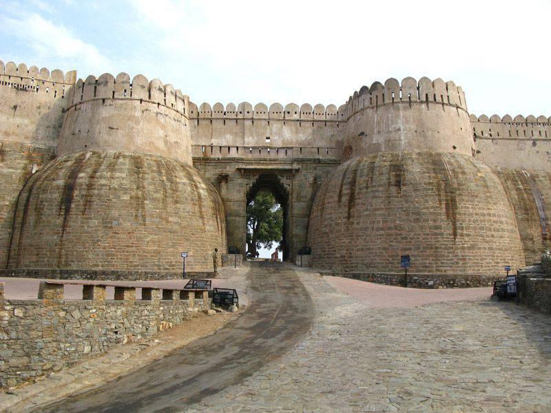 印度堡垒(3的一部分)