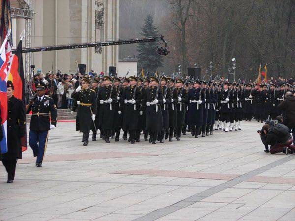 In Lithuania, the sounds of the British military orchestra celebrated the day of the Lithuanian armed forces