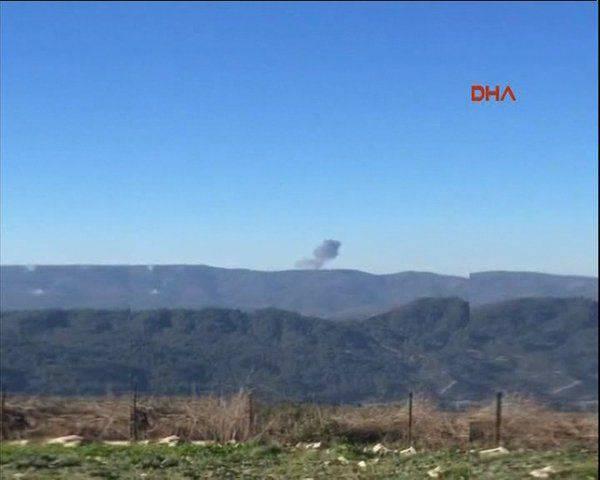 Reuters: Suriye'de Türkiye sınırına yakın askeri uçak düştü