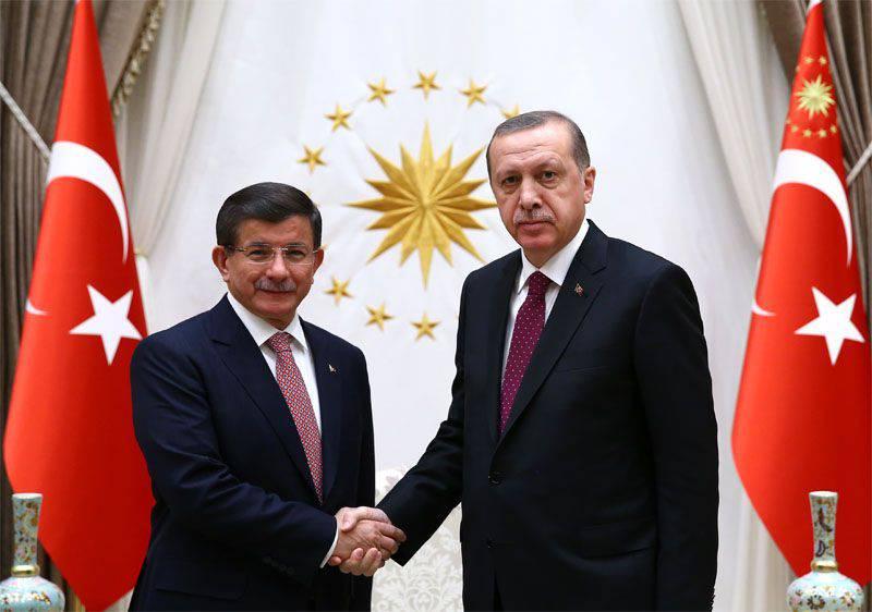 Russische politische Analysten glauben, dass die Türkei eine Provokation mit dem russischen Militärflugzeug vorbereitet