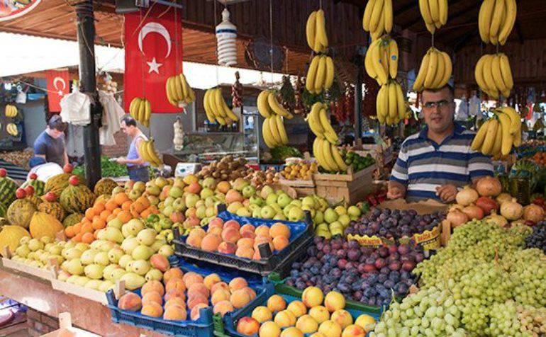 Media: Mosca ha annullato il vertice russo-turco e potrebbe limitare le importazioni turche