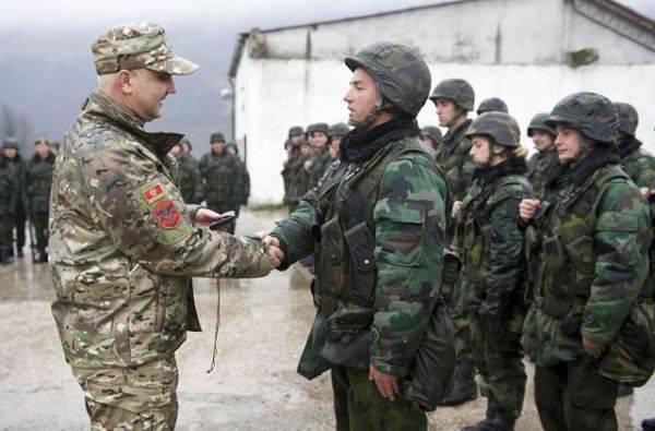 Karadağ NATO'ya davet edildi