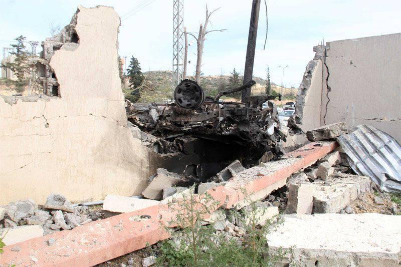 Libyalı Sirte'deki militanlar DAISH (ISIS), eğitim pilotları için en yeni uçuş simülatörlerini aldı