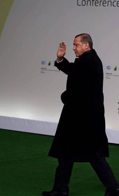 """Hayal edemezsin. Erdoğan, Rusya ile DAEŞ arasındaki petrol ticaretinin """"kanıtı"""" olduğunu iddia ediyor"""