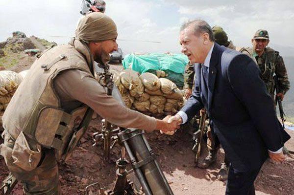 媒体:土耳其军队占据了与土耳其边界相邻的叙利亚领土的一部分
