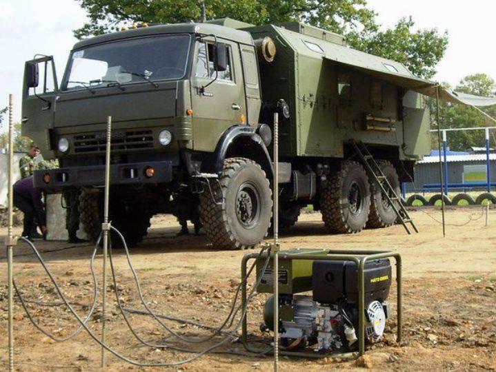 Até o final do ano, as tropas internas receberão oficinas móveis para equipamentos de comunicação.