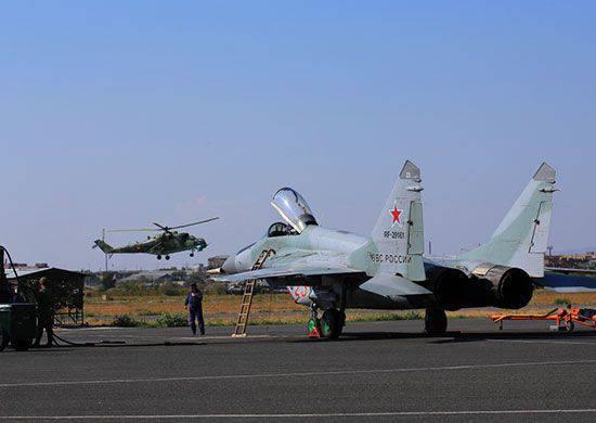 Erebuni(亚美尼亚)的俄罗斯空军基地补充了一批运输和攻击直升机