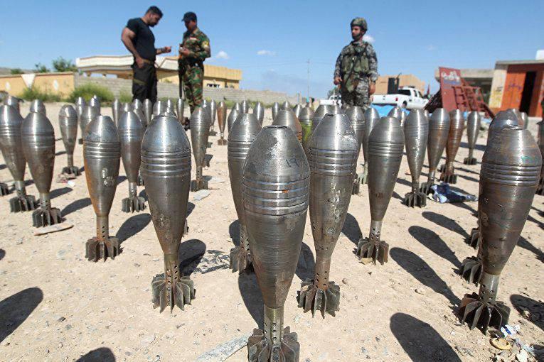 Financial Times: DAISh-Terroristen kaufen ständig Munition und geben monatlich Millionen von Dollar für sie aus