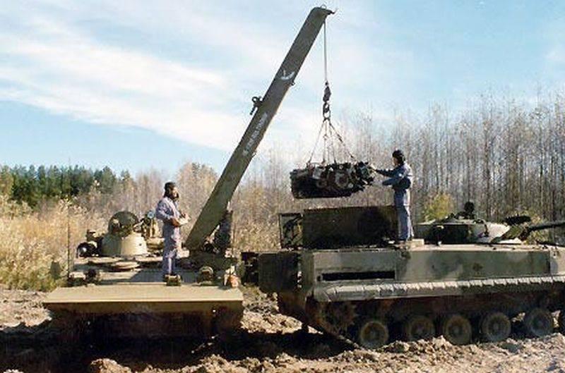 """Vehículo de recuperación blindado BREM-L """"Beglyanka"""""""