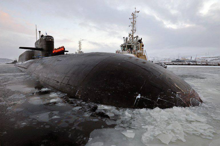 Barents Sea에서 Sineva ICBM 출시 (비디오)