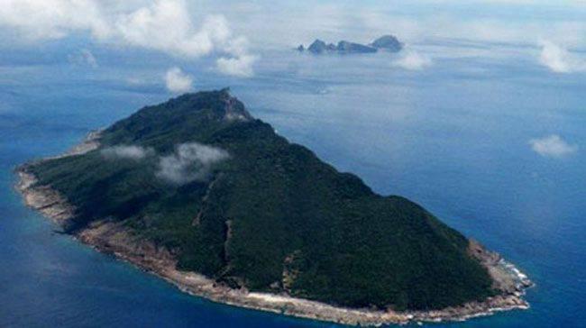 澳大利亚空军在南海争议岛屿上空飞行