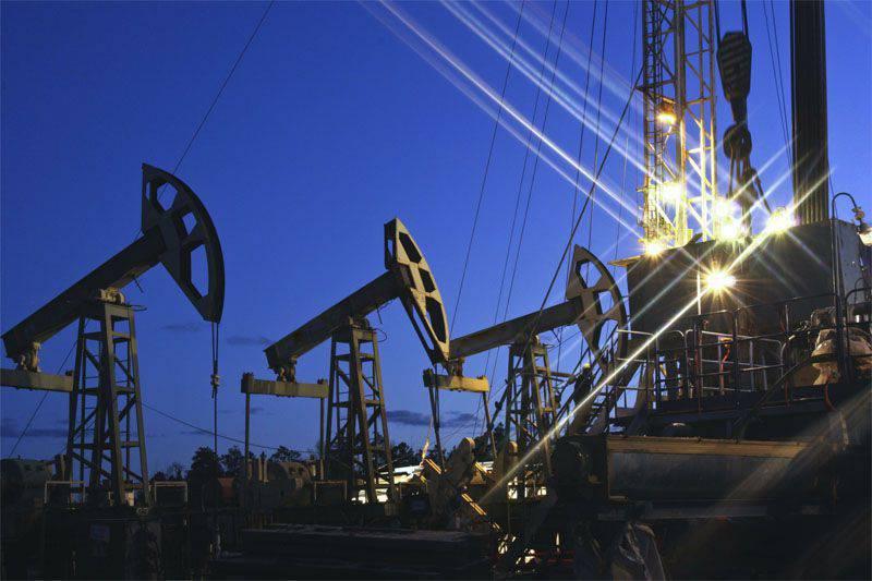 """""""Bloomberg"""": Im US-Kongress wurde vereinbart, das seit 40 Jahren geltende Verbot von Ölexporten aus den USA aufzuheben"""
