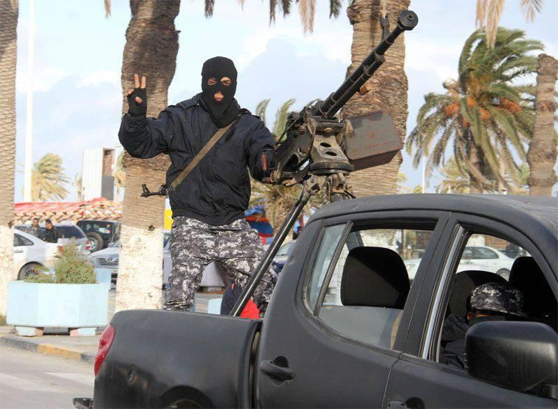 """""""Münhasırlık"""" Casus: Libya silahlı grupları, Amerikan özel kuvvetlerini ülkeden kovdu"""