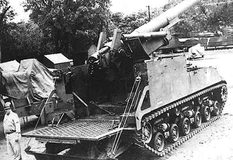 M43榴弾砲モーターキャリッジ自走砲砲台(アメリカ)