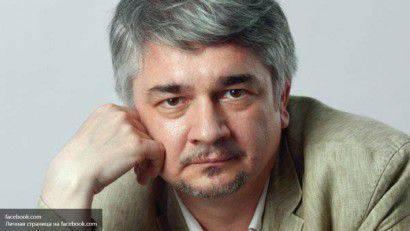 Ishchenko : 워싱턴은 우크라이나의 해체 계획을 가지고있다.