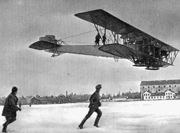 Aralık 23 - Rusya'nın Uzun Menzilli Havacılık Günü