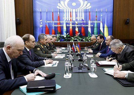 Los ministros de defensa de Rusia y Armenia firman un acuerdo para crear un sistema de defensa aérea unificado en la región del Cáucaso