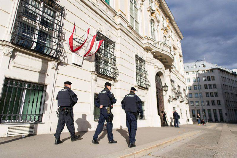 Austria and Switzerland report increased terrorist threat