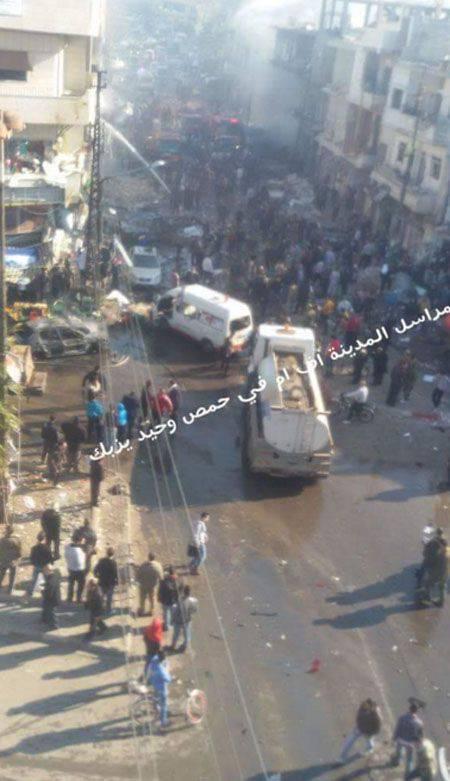 El triple ataque terrorista en Homs sirios cobró al menos 30 vidas