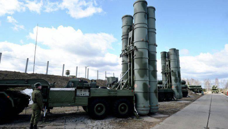 """Si stanno creando complessi di comunicazione per i nuovi sistemi di difesa aerea russi, in grado di """"allontanarsi"""" dalle interferenze e dalle ricognizioni nemiche"""
