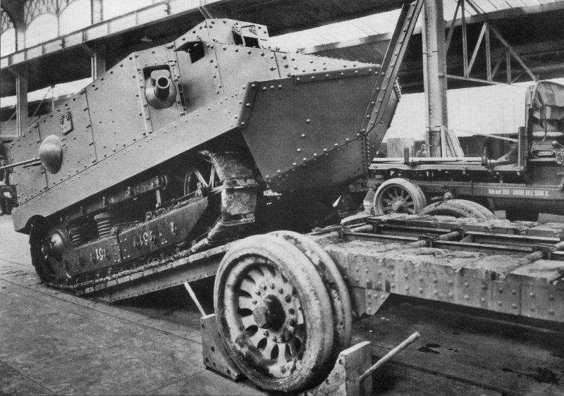 "CA-1 ""Schneider"": the first French tank"