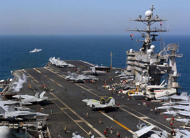 NATO-Schiffe passierten die Straße von Hormus zum Zeitpunkt des Raketenbeschusses der iranischen Marine