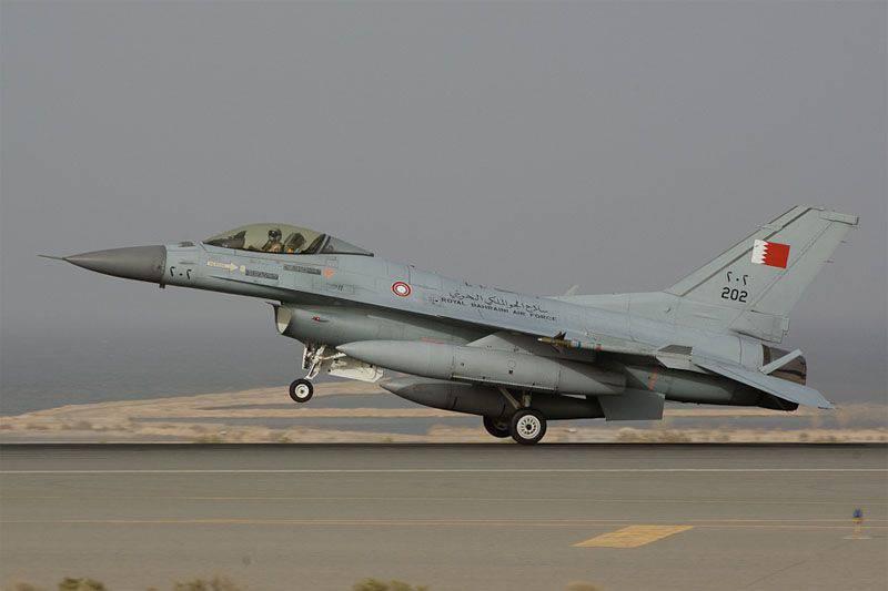 सऊदी अरब और यमन की सीमा के पास बहरीन वायु सेना के लड़ाकू विमान दुर्घटनाग्रस्त