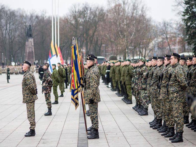 Premier ministre lituanien: les jeunes fuient la conscription militaire
