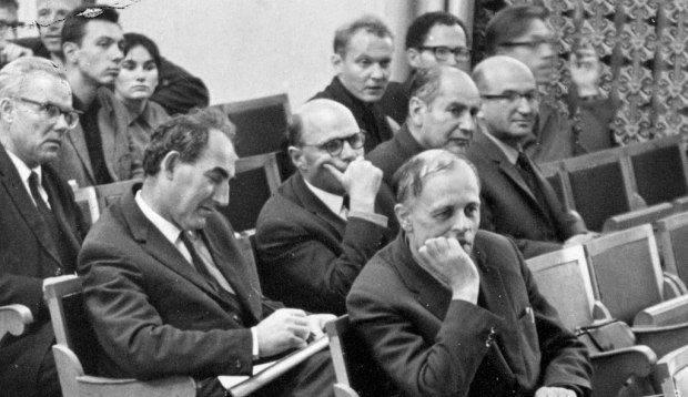 Física e Bomba: Projeto Atômico Soviético