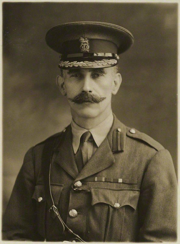 Ernest Swinton - uno dei primi creatori del mondo dei carri armati