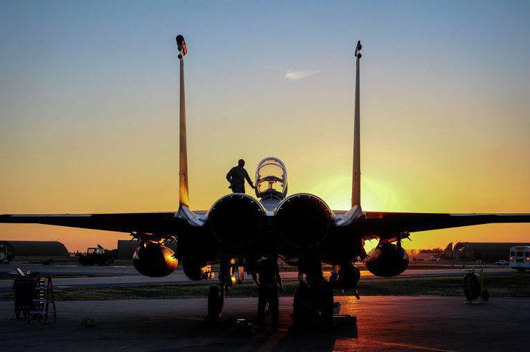 """El Pentágono ha publicado un video del """"buen golpe"""" de la Fuerza Aérea de los Estados Unidos en el depósito de efectivo DAISH"""