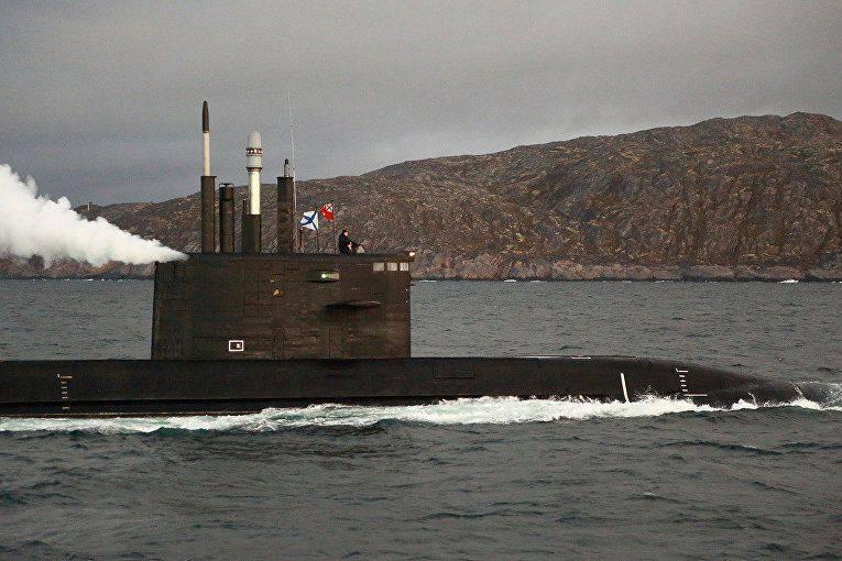 """해군 : 프로젝트 """"Lada""""의 잠수함은 훨씬 조용해질 것입니다 """"Varshavyanka"""""""