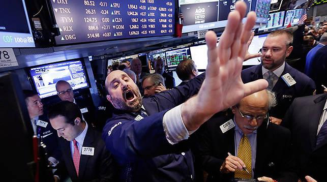 ウォール街でクマの轟音