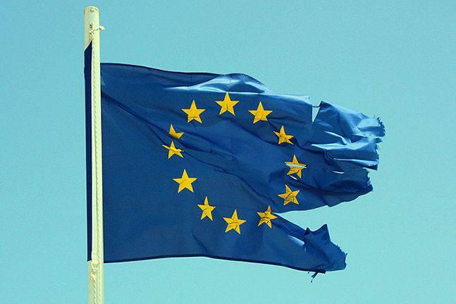 El colapso de la UE: quién se beneficia y quién está detrás.