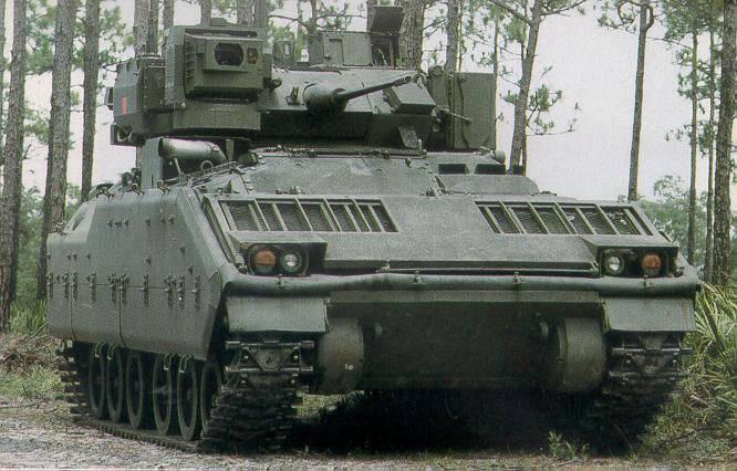 Das Projekt eines Laserkomplexes zum Schutz gepanzerter Fahrzeuge AN / VLQ-7 Stingray (USA)