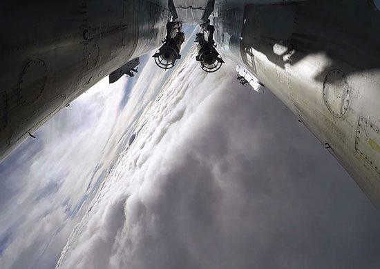 एक दिन के लिए, रूसी एयरोस्पेस बलों के हवाई जहाजों ने सीरिया में 57 आतंकवादी ठिकानों पर हमला किया