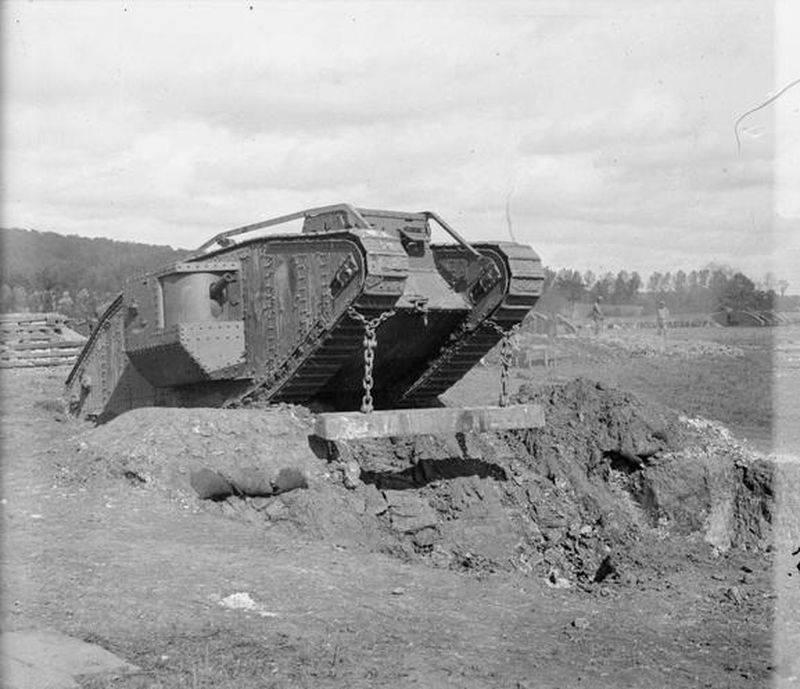 इतिहास और उसके परिणामों में पहला टैंक युद्ध
