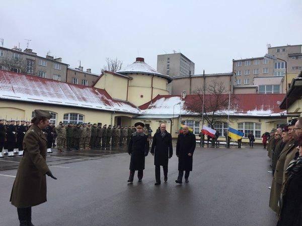 ポーランド - リトアニア - ウクライナ軍の旅団の活動が始まりました。