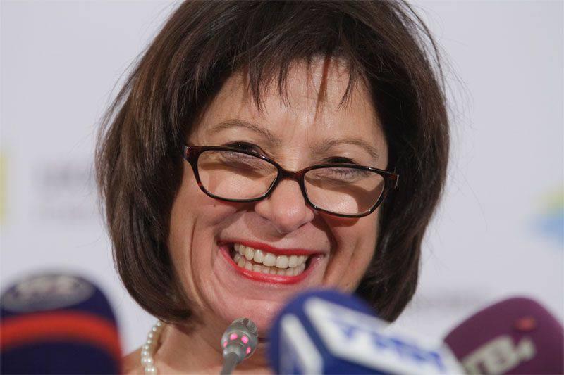 "Yaresko는 러시아에게 우크라이나 부채의 ""구조 조정""을 위해 다시 가도록 제안"