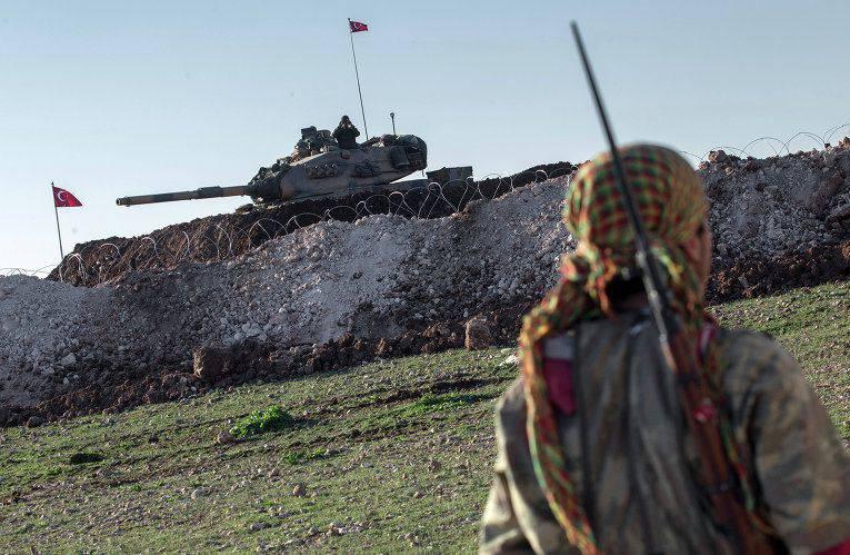 メディア:ワシントンはトルコにシリアとの国境を強化するよう要求する