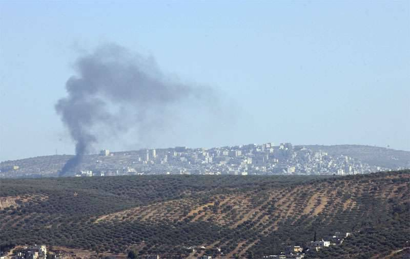 Turkish artillery strikes Syrian border areas that have come under the control of the Syrian army