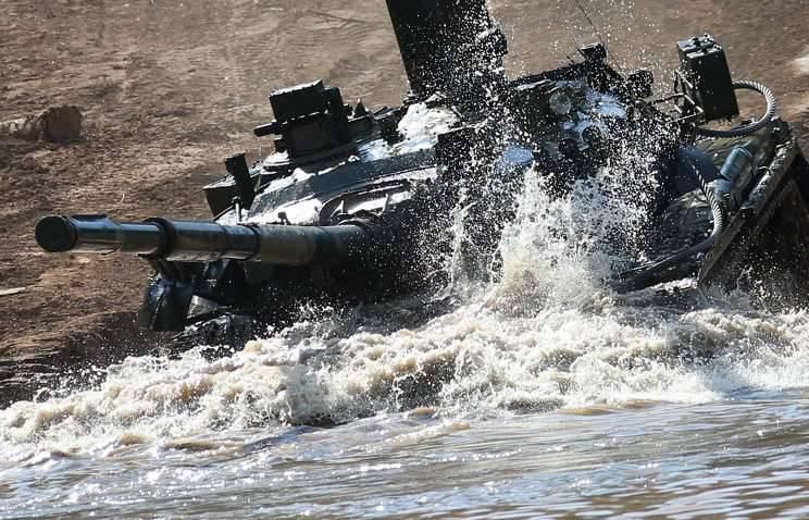 Le premier char: pourquoi l'armée de la Russie a mécanisé le poing