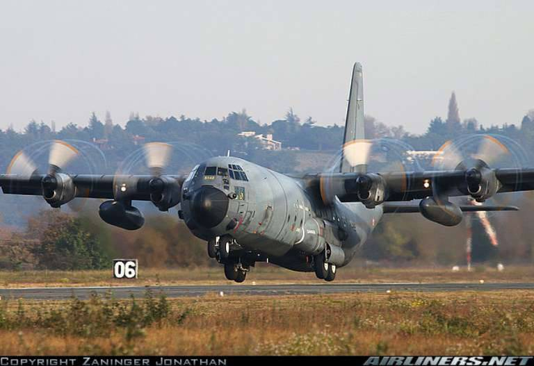 France buys 4 C-130J transport aircraft