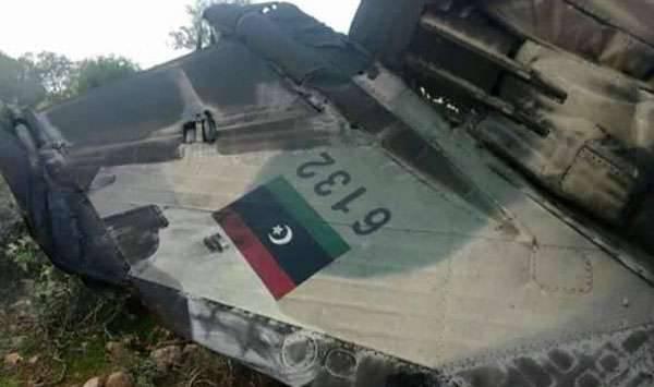 DAEŞ militanları Derna kenti üzerindeki Libya ulusal hava kuvvetleri uçağını düşürdü