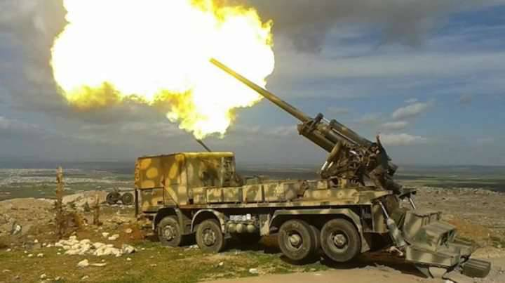Improvised Syrian self-propelled gun with a Soviet gun