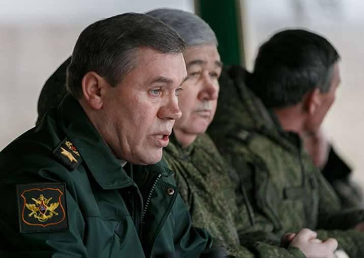Gerasimov: Die Streitkräfte der Schwarzmeerflotte werden Aktionen ausarbeiten, um die Schiffsgruppen des bedingten Feindes zu zerstören