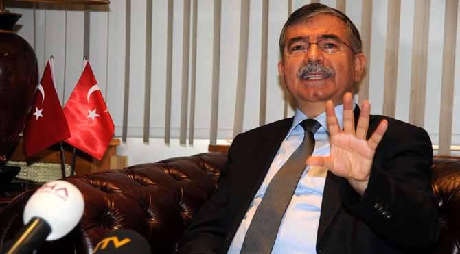 """土耳其国防部长表示,土耳其军队""""不会入侵叙利亚"""""""