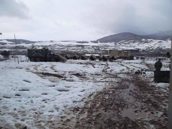 Compruebe la preparación para el combate de la base militar rusa en Osetia del Sur
