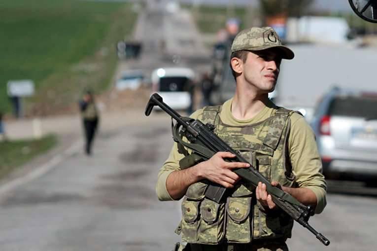 Député turc: dans le sud-est du pays, des civils sont bloqués dans les sous-sols de 200 et 150 sont brutalement assassinés